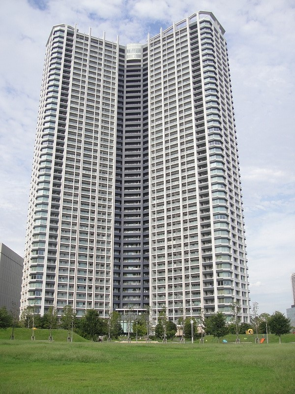 スカイズ タワー&ガーデン  14階部分